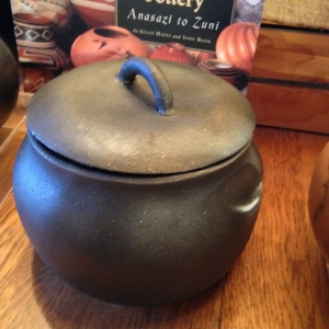 Black bean pot